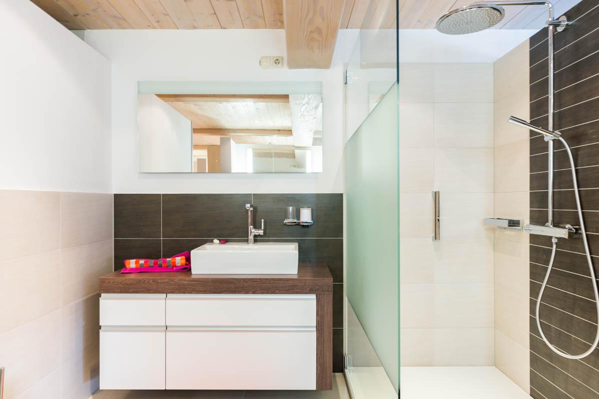 villeroy. Black Bedroom Furniture Sets. Home Design Ideas